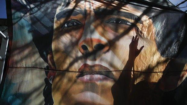 Θρήνος για τον θάνατο του Ντιέγκο Μαραντόνα