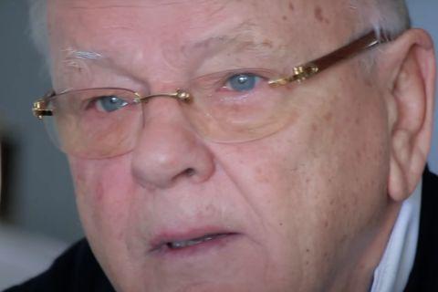Ο Ντούσαν Ίβκοβιτς σε στιγμιότυπο από τη συνέντευξη που έδωσε στο SPORT24 για τον Δημήτρη Μητροπάνο
