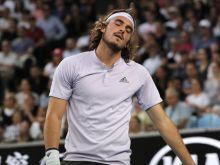 Australian Open: Αποκλεισμός για Τσιτσιπά στον τρίτο γύρο