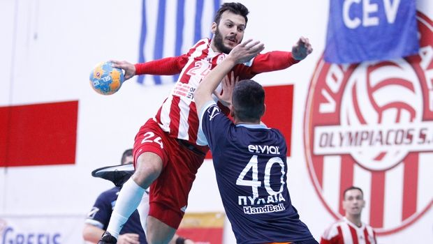 Handball Premier: Ολυμπιακός και ΑΕΚ μπήκαν με το πόδι στο γκάζι στο 2019