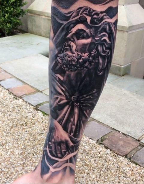 Το εντυπωσιακό tattoo του Έντερσον με τον θεό Ποσειδώνα