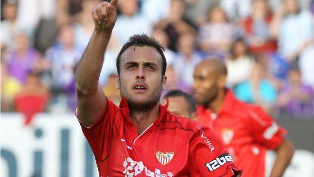 Μόλις έχει πετύχει το πρώτο του γκολ στην Πριμέρα Ντιβισιόν (Μάλαγα, 10-4-2010)