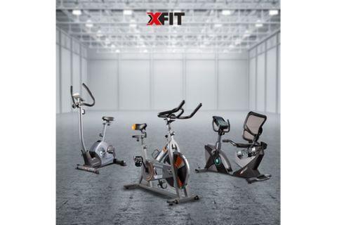 Προπόνηση στο σπίτι με ποδήλατο γυμναστικής X-FIT