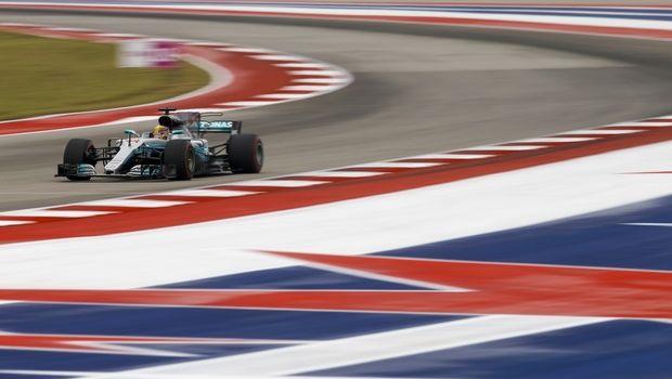 GP ΗΠΑ: Εμφατική Pole για Hamilton