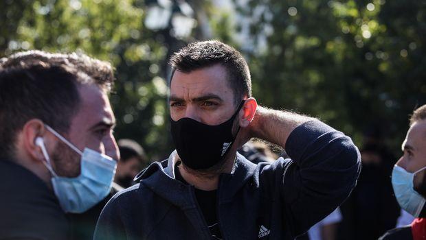 Ο Βαγγελης Μάντζαρης στο συλλαλητήριο των αθλητών στο Σύνταγμα