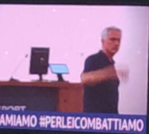 Λάτσιο - Ρόμα: Ο Μουρίνιο έφυγε εκνευρισμένος από τη συνέντευξη Τύπου