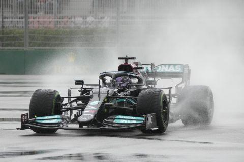 Ο Λιούις Χάμιλτον είναι ο πρώτος πιλότος στην ιστορία τη Formula 1 που φτάνει τις 100 νίκες