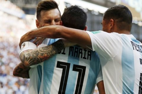 Το τυχερό γκολ του Μερκάδο: το 2-1 της Αργεντινής (VIDEO)