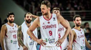 "EuroBasket 2021: Εντός έδρας ""σφαλιάρες"" για Τουρκία και Λετονία"