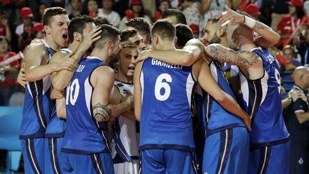 Στο Final-6 στο Τορίνο Ιταλία, Βραζιλία, ΗΠΑ και Σερβία