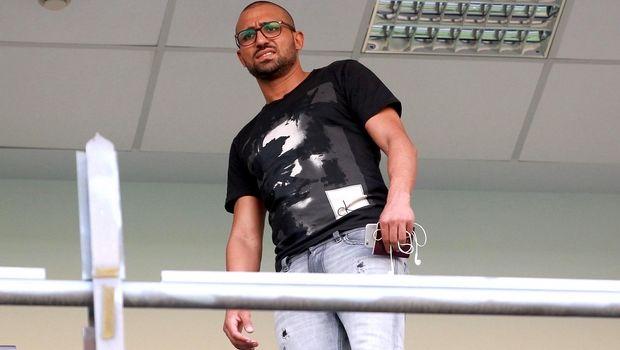 Ο Ραφίκ Τζιμπούρ κατηγορείται για πλαστογραφία