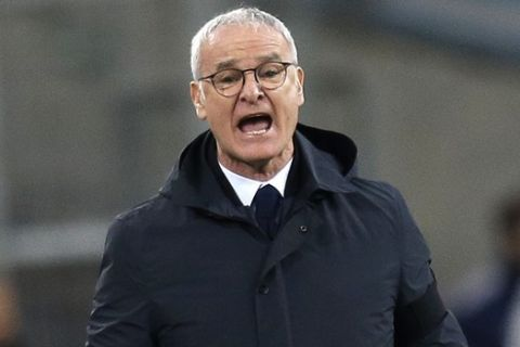 Nantes' coach Claudio Ranieri, shouts instructions at his players during the League One soccer match between Marseille and Nantes, at the Velodrome stadium, in Marseille, southern France, Sunday March 4, 2018. (AP Photo/Claude Paris)