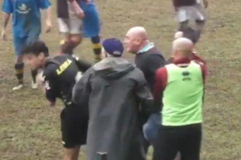 Προπονητής έριξε μπουνιά σε διαιτητή, του ζήτησε συγγνώμη και παραιτήθηκε