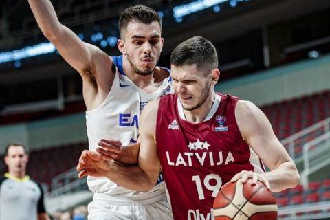 Στιγμιότυπο από το Ελλάδα - Λετονία για τα προκριματικά του Eurobasket