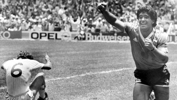 Ο Μανώλης Μαυρομμάτης περιέγραψε το γκολ του αιώνα και ένιωσε τον Μαραντόνα