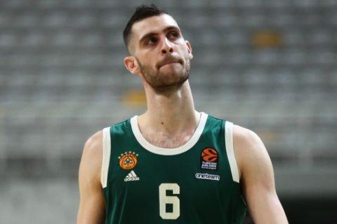 Ο Γιώργος Παπαγιάννης σε στιγμιότυπο από αγώνα του Παναθηναϊκού στην EuroLeague