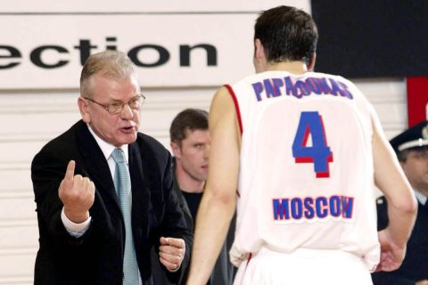 Ο Ντούσαν Ίβκοβιτς με τον Θοδωρή Παπαλουκά
