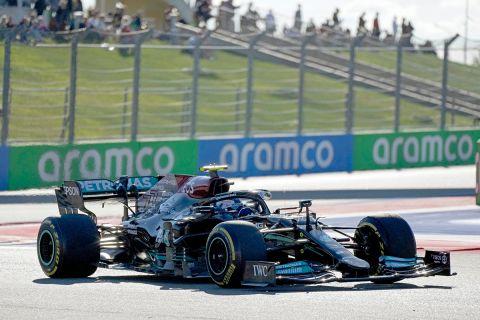 Ο Βαλτέρι Μπότας της Mercedes σε στιγμιότυπο των δεύτερων ελεύθερων δοκιμών του GP της Ρωσίας στην πίστα του Σότσι | Παρασκευή 24 Σεπτεμβρίου 2021