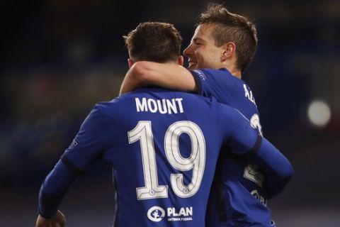 Ο Μάουντ πανηγυρίζει με τον Αθπιλικουέτα γκολ του στο Τσέλσι - Ρεάλ στον ημιτελικό του Champions League.