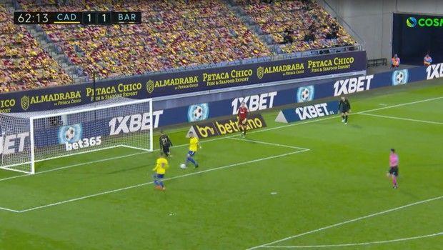 Κάντιθ - Μπαρτσελόνα: Παιδική χαρά η άμυνα των Καταλανών και 2-1 ο Νεγρέδο