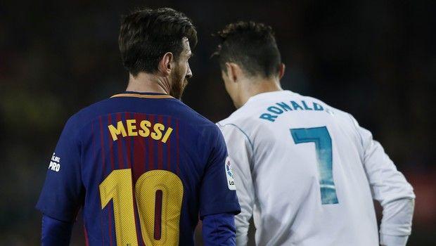 Μέσι και Ρονάλντο εναντίον θρύλων του ποδοσφαίρου!