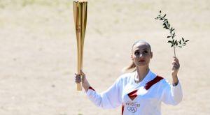 Ολυμπιακοί Αγώνες: Με την Κορακάκη ξεκίνησε το ταξίδι της φλόγας