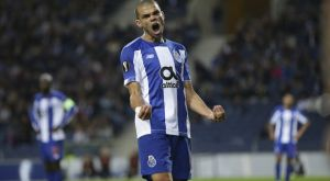 Πόρτο – Μπενφίκα 3-2: Ζωντανοί στη μάχη του τίτλου οι δράκοι