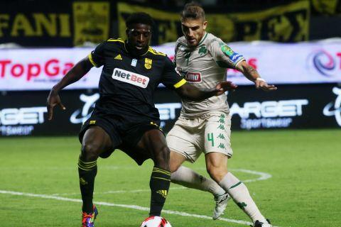 Ο Αμπουμπακάρ Καμαρά δίνει μάχη με τον Βέλεθ στο Άρης - Παναθηναϊκός για την 3η αγωνιστική της Super League Interwetten.