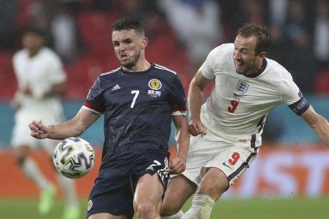 Μονομαχία Κέιν - Μαγκίν στο ματς της Αγγλίας με την Σκωτία για τα τελικά του Euro 2020