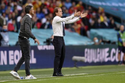 Ο Ρομπέρτο Μαντσίνι και και το Λουίς Ενρίκε στο Euro 2020