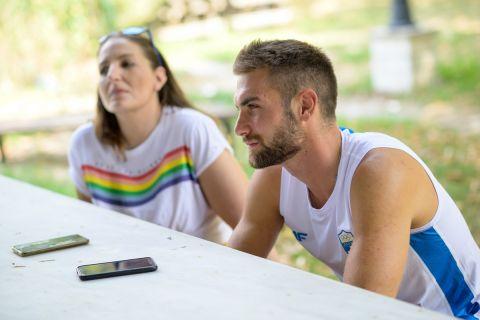 Ο Στέφανος Ντούσκος στη διάρκεια της συνέντευξης που παραχώρησε στο SPORT24