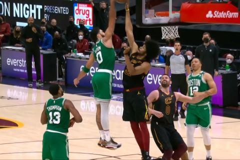 Ο Τέιτουμ έκανε poster τον Άλεν και βρέθηκε στην κορυφή του σημερινού NBA Top-10
