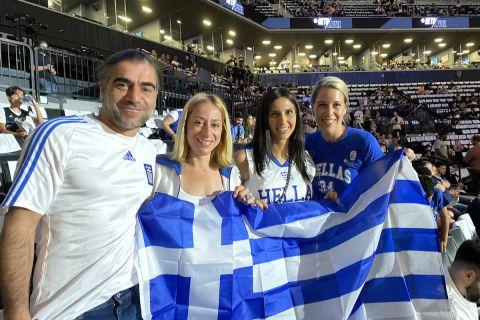 Οι Έλληνες στην εξέδρα του Barclays Center, στο Game 7 της σειράς Νετς - Μπακς