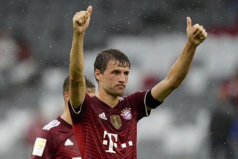 Ο Τόμας Μίλερ στην αναμέτρηση της Μπάγερν με την Κολωνία για την Bundesliga.