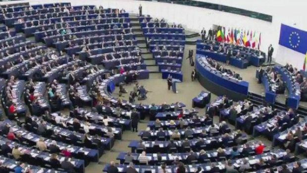 31 Ευρωβουλευτές ζητούν άμεση λύση για τα
