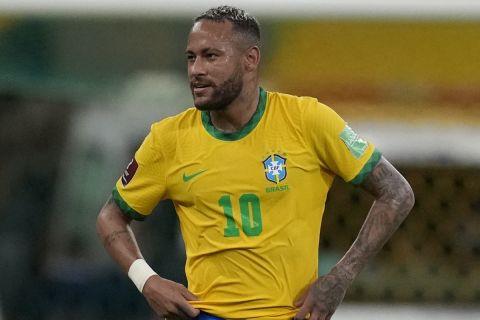 Ο Νεϊμάρ με τη φανέλα της Εθνικής Βραζιλίας στο ματς με το Περού