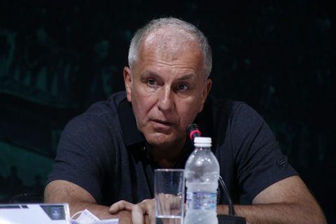 Ο Ομπράντοβιτς στη διάρκεια της συνέντευξης Τύπου για το Παύλος Γιαννακόπουλος | 17 Σεπτεμβρίου 2021