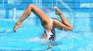 Πανδαισία Ελεύθερων προγραμμάτων σε κατάμεστο κολυμβητήριο