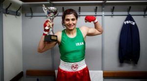 Κέρδισε τίτλο στο μποξ και της απαγόρεψαν την επιστροφή στο Ιράν!