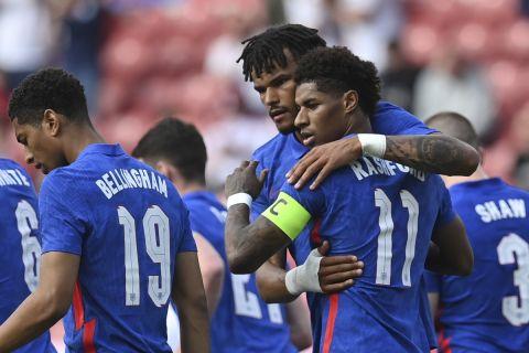 Ο Μάρκους Ράσφορντ πανηγυρίζει γκολ του με την εθνική Αγγλίας απέναντι στην Ρουμανία σε φιλικό ματς (6 Ιουνίου 2021)