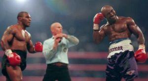 O Tyson ζήτησε συγγνώμη στον Holyfield για το δάγκωμα μετά από 22 χρόνια!