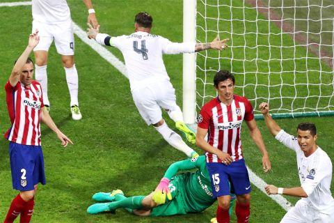 Ο Σέρχιο Ράμος έχει ανοίξει το σκορ στον τελικό του Champions League του 2016 απέναντι στην Ατλέτικο και πανηγυρίζει (28/5/2016).