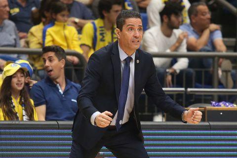 Ο Σφαιρόπουλος στην αναμέτρηση του Παναθηναϊκού με τη Μακάμπι