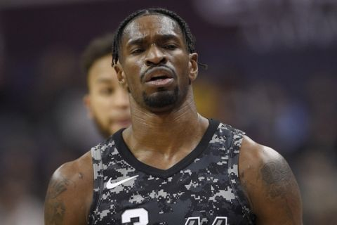 San Antonio Spurs guard Brandon Paul (3) gestures during the second half of an NBA basketball game against the Washington Wizards, Tuesday, March 27, 2018, in Washington. The Wizards won 116-106. (AP Photo/Nick Wass)