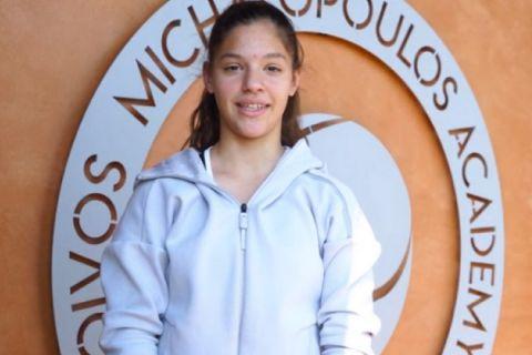 Η νεαρή Ελληνίδα τενίστρια, Μιχαέλα Λάκη