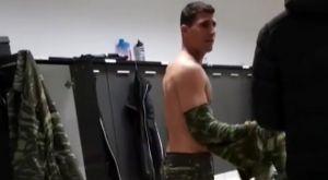 ΠΑΟΚ: Ο στρατιώτης Καρέλης δεν γλίτωσε τα πειράγματα των συμπαικτών του