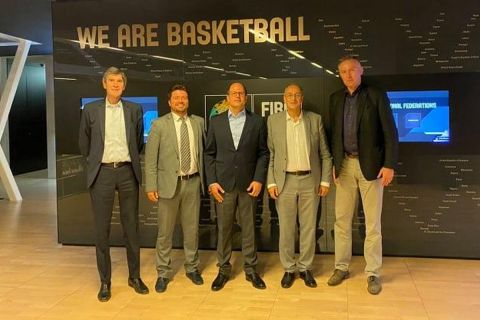 Η επίσκεψη του Βαγγέλη Λιόλιου στην έδρα της FIBA στη Γενεύη