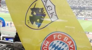 Το σημαιάκι «ΑΕΚ – Μπάγερν» στην κονσόλα του Sport24 Radio 103.3