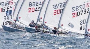 """Ιστιοπλοΐα: Οι άνεμοι """"έδεσαν"""" τα σκάφη στο ευρωπαϊκό Laser Radial"""