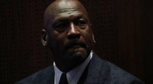"""Τζόρνταν για τη δολοφονία του Φλόιντ: """"Να απαιτήσουμε να λογοδοτήσουν οι ένοχοι"""""""